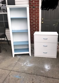 End stand and book shelf!  Columbus, 43219