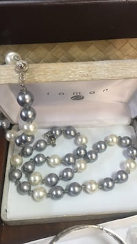 gray and white Toman pearl necklace Manteca, 95336