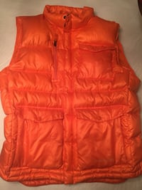 Brand new Burton men's AK down filled  snowboarding vest  size XL Mississauga, L5M 2C7