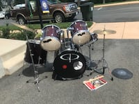 black and white drum set Occoquan, 22125