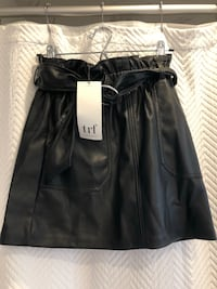 Brand new! Faux leather Zara skirt size medium Aurora, L4G 6R6