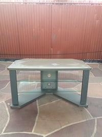 TV stand Downey, 90241