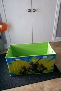 Toy box that folds and hanging organizer  Mississauga, L5R 1T9