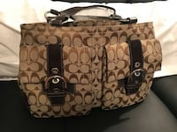COACH purses! Large and small. Clearing out closet!! All items must go! Markham, L6C 1V6
