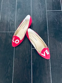 Red small heel shoes size 6 New Toronto, M3C 1S6