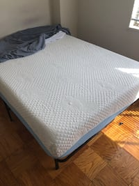 Full bed and bed frame Alexandria, 22311