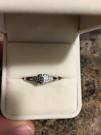 White gold, 10k real diamonds ring Chatham, N7L 2Z3