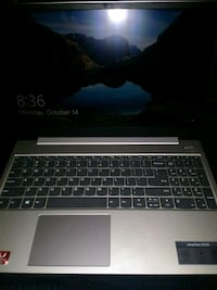 Lenovo touch screen laptop band new