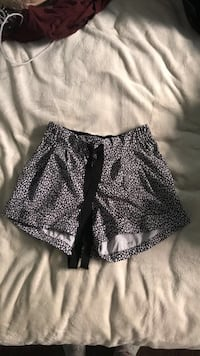 Lulu shorts Richmond Hill
