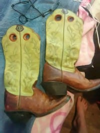 pair of brown leather cowboy boots San Angelo, 76903