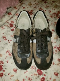 Coach sneakers worn once.great condition Frederick