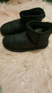 pair of black suede boots Reading