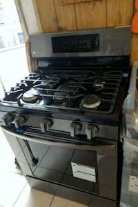 LG NEW GAS STOVE 5 BURNERS San Antonio, 78227