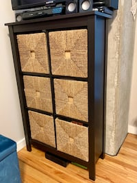 STORAGE SHELF-6 CUBE PLUS SEAGRASS BASKETS *** 3 AVAILABLE! Chicago, 60616