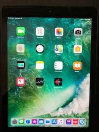 IPad Air - 64 GB.    No Scratches! Huber Heights, 45424