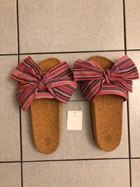 Urban Outfitters pink bow sandals  Toronto, M3M 2R4