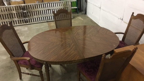 Prime Kitchen Table W 4 Chairs Beutiful Home Inspiration Ommitmahrainfo