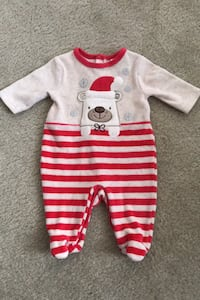 *NEVER WORN* Christmas Onesie Bristow, 20136