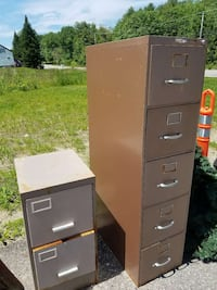 5 DRAW METAL BROWN FILE CABINET  Lewiston, 04240