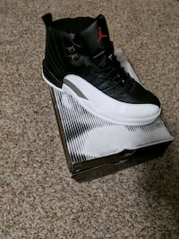 Jordan 12s black and white  Cheraw, 29520