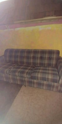 Full size sleeper/couch Omaha, 68104