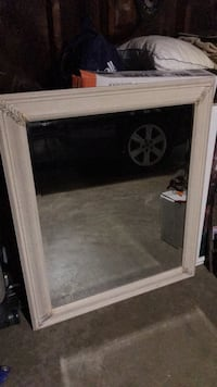 Framed Mirror 19 mi
