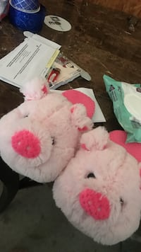 Pig slippers size 9-10