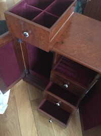 Authentic redwood jewelry organizer boxes Markham, L3P 1Y2
