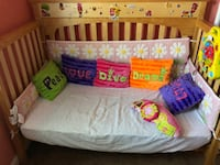 Crib in Excellent condition -  in Mandarin