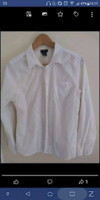 Size L women's white button up dress shirt  New Westminster, V3M 1B9