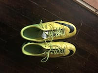 Nike cleats SIZE 10.5