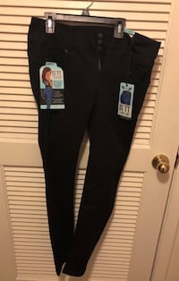 Size 11 Skinny Black Jeans. New with tags Leesburg, 20175