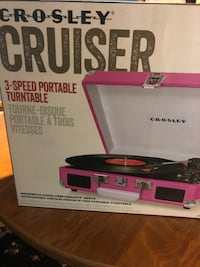 Record player crosley  Guelph, N1G 3E1