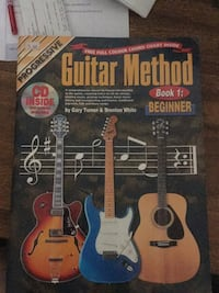 Guitar Method instruction book with dvd for beginners  Melbourne, 32903