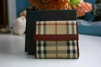 Burberry Leather Wallet - Authentic Surrey, V3R