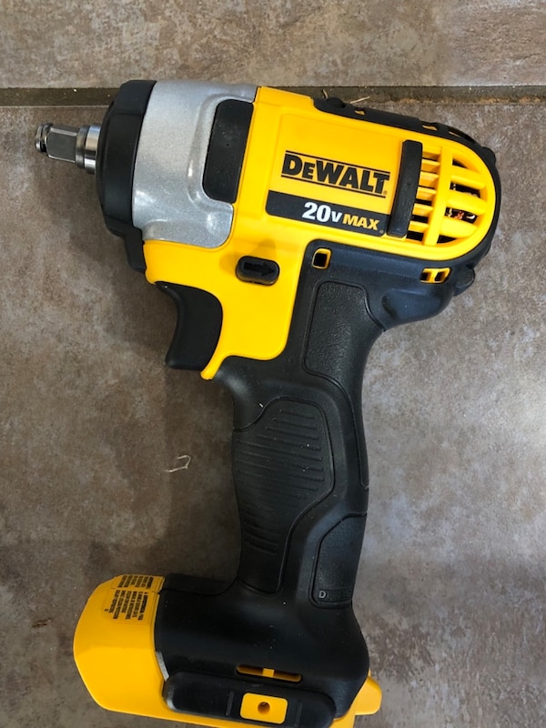 Dewalt Dcf883 3 8 Cordless Impact Wrench With Hog Ring Tool Only New Usado En Venta Roswell Letgo