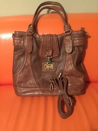 New purse with longer over the shoulder strap Bakersfield, 93308