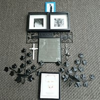 white and black wooden photo frame 2878 km