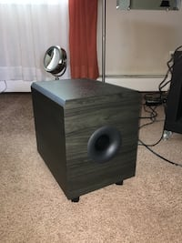 Like new subwoofer Lakewood Township, 08701