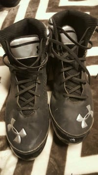 Under Armour cleats size 13  Ames, 50010