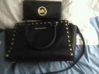 Micheal kors wallet and purse Langley Township, V2Z