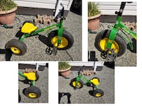 VINTAGE JOHN DEER ALL METAL TRICYCLE RUBBER TUBE TIRES Abbotsford