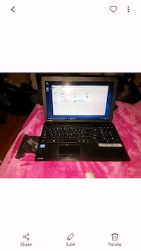 Gently used Toshiba laptop with  new hard drive  Hamilton, L9C 5P9