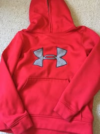 red Under Armour pullover hoodie Stephens City, 22655