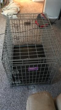 Medium to large sized steel dog crate San Marcos, 78666