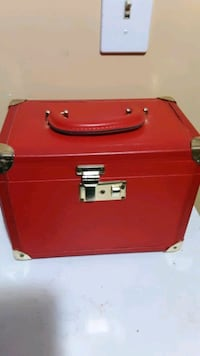 Red makeup ,jewelry case .