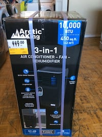 Arctic king 3-in-1 air conditioner-fan-dehumidifier $350 Mississauga, L5K 1T4
