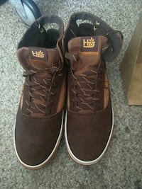 pair of brown Vans high-top sneakers Port Coquitlam, V3C 6B9