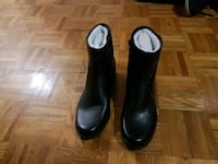 Anne klein  black leather boots Toronto, M9N 1W2