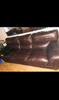 American Signature Furniture Leather brown couches Elkton, 21921